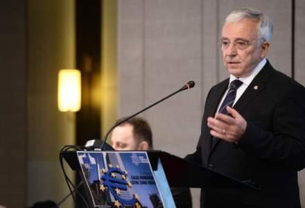 Mugur Isarescu: Anul 2016 se anunta tumultuos, nu negam incertitudinile cu impact asupra inflatiei