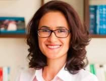 Cristina Cornaci, Avestis:...