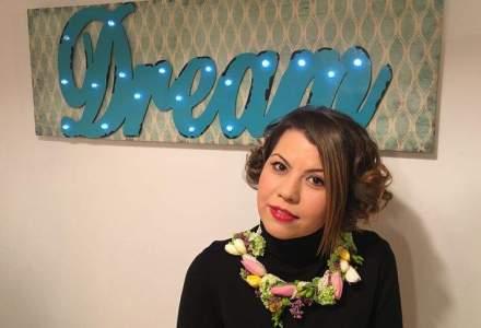 Business in familie: Tanara care face mii de euro din design floral