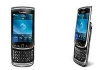 Lupta pentru BlackBerry: Vodafone aduce modelul Torch 9800 incepand cu 299 de euro