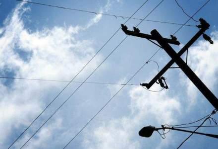 Guvern: Furnizorii de retele publice de comunicatii vor avea acces la infrastructura operatorilor
