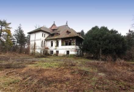 In vizita la unul dintre cele mai frumoase conace istorice scoase la vanzare din Romania, la nici 30 de minute de Bucuresti