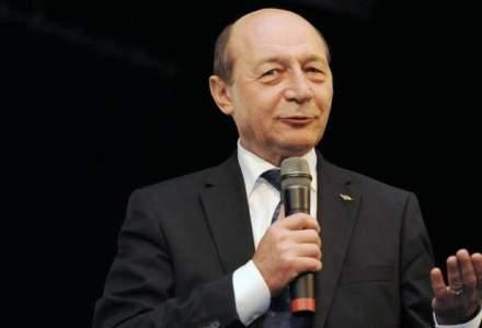 Traian Basescu trebuie sa plateasca amenda pentru ca a lezat imaginea romilor