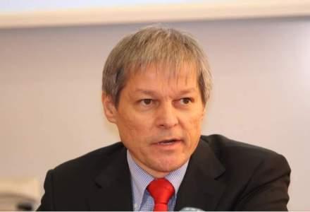 Dacian Ciolos: Legea salarizarii are doua variante , una pana in 2020, alta doar pentru anul urmator