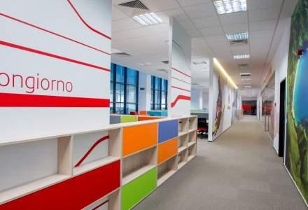 Un mall transformat in spatiu de birouri: cum arata noul sediu al centrului de servicii al Vodafone din fostul City Mall