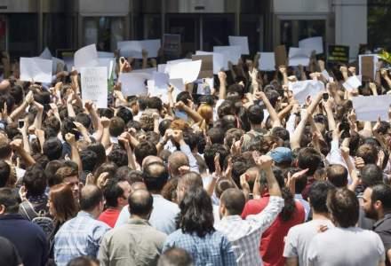 Protestele din Macedonia continua pe fondul scandalului interceptarilor, in pofida alegerilor