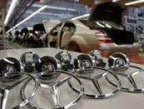 Vanzarile Mercedes-Benz au...