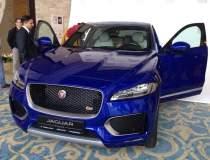Crossover-ul Jaguar F-Pace a...