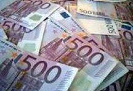Sarkozy: Euro este prea puternic fata de dolar