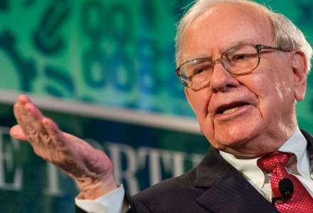 Warren Buffett: Decat cu euro in banca, mai bine cu ei la saltea!