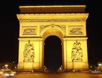 Parisul sarbatoreste o zi...