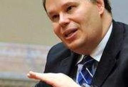 FMI vrea privatizarea, reorganizarea sau lichidarea marilor companii de stat
