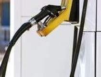 Pretul benzinei a fost...