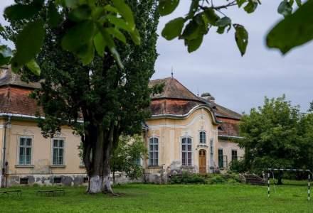 Cum arata castelul Teleki, locul in care a locuit una dintre cele mai instarite familii din Romania, scos la vanzare pentru jumatate mil. euro