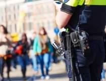Peste 3.000 de politisti si...