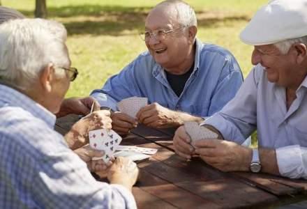 Pensii private: Rata de profit de peste 30% pentru administratorii de fonduri obligatorii si facultative in 2015. Unde se duc acesti bani?