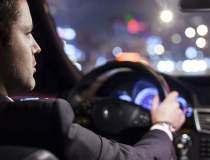 Tarifele Uber vs. taxi in 10...