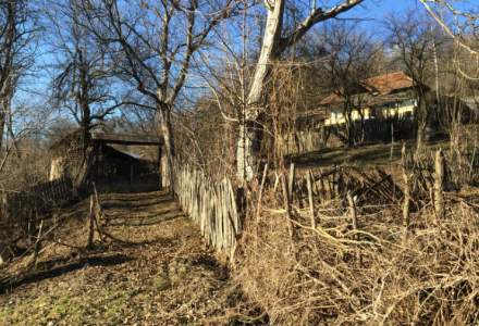 Reportaj in satele romanesti: cum sunt distruse, sistematic, secole de istorie