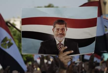 Fostul presedinte egiptean, Mohamed Morsi, condamnat din nou la inchisoare pe viata intr-un dosar de spionaj