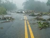 Inundatii in tara: grindina a...