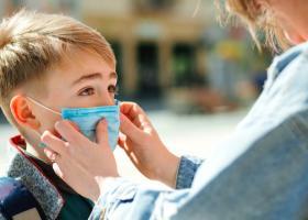 Copiii se pot readapta greu la viața socială extinsă și activă. Ce sfătuiesc...