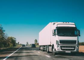 Transportatorii critică dur Guvernul după ce diurnele șoferilor au fost...