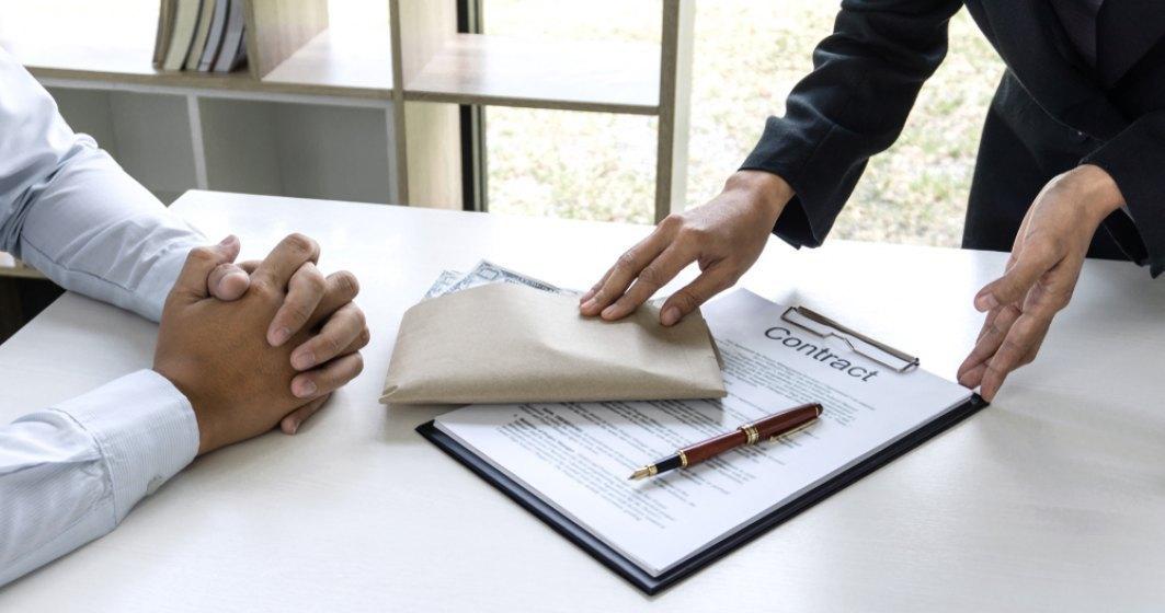 Ce ajutoare primesc firmele care reangajează salariaţii trimişi în şomaj tehnic