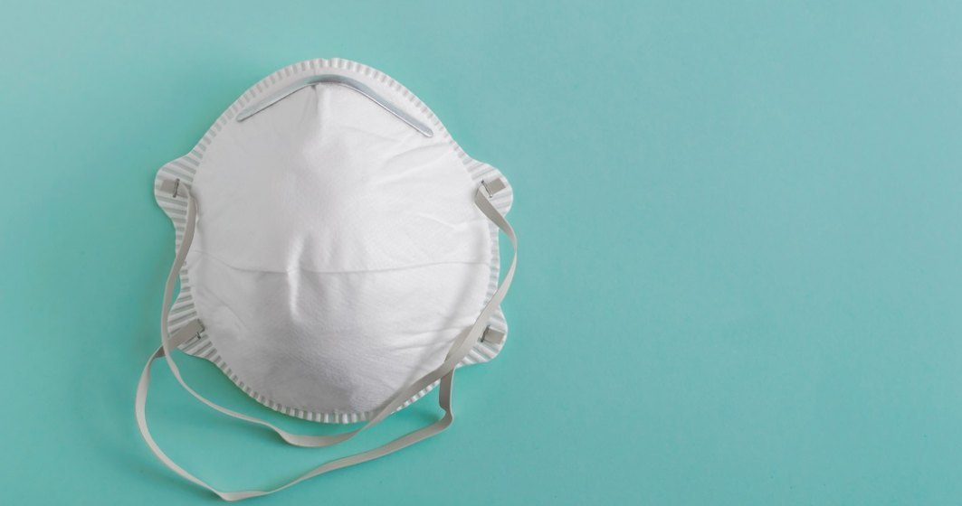 Arafat: Dacă vă confecţionaţi o mască acasă, nu uitaţi să o spălaţi zilnic şi să o călcaţi