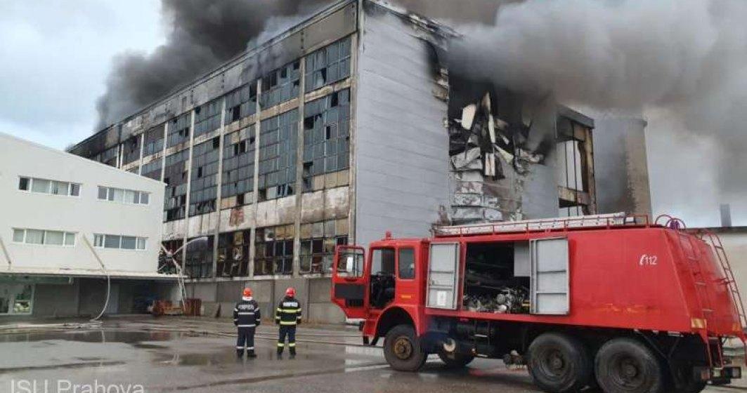 ISU Prahova: Incendiul de la Brazi a izbucnit din cauza folosirii intenţionate sau din culpă a focului