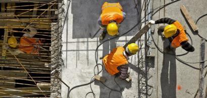 Piața construcțiilor are în prezent circa 450.000 de muncitori, dar pe termen...