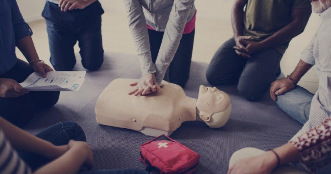 Cel mai bine investit weekend din viata mea: cursul la care inveti sa salvezi vieti