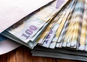 Salariile din IT continuă să crească - IT-iștii câștigă aproape dublu față de...