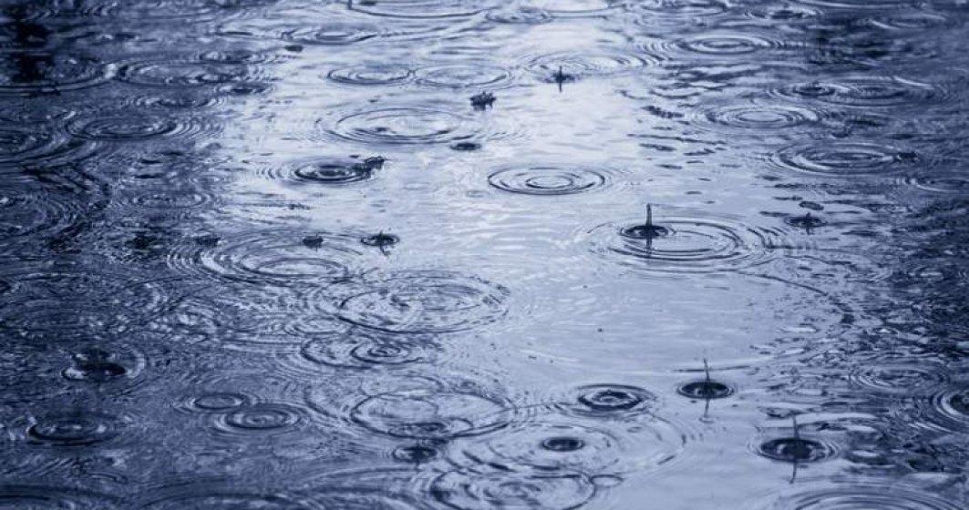 Sapte judete, sub avertizare cod galben de ploi, descarcari electrice, grindina de mici dimensiuni