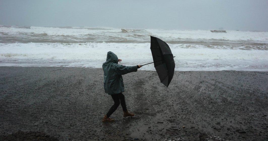 NEWS ALERT: Cod ROSU de furtuni la malul mării