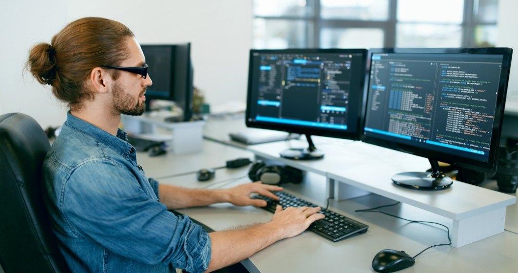 Digital People: Cursuri IT pentru persoanele care și-au pierdut locul de muncă sau au rămas în șomaj tehnic
