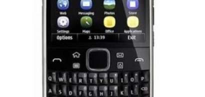 E6, un smatphone special pentru oamenii de afaceri