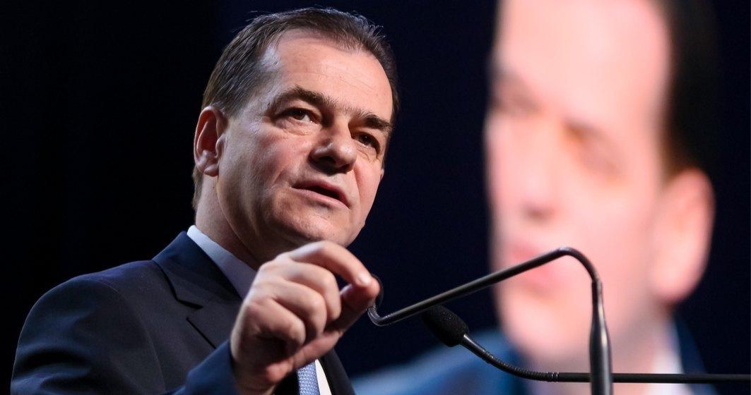 Orban anunţă că România va primi în perioada următoare peste două milioane de măşti şi 100.000 de combinezoane