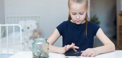 Educația financiară se face și acasă, dar și la mall. Cum pot învăța copiii...
