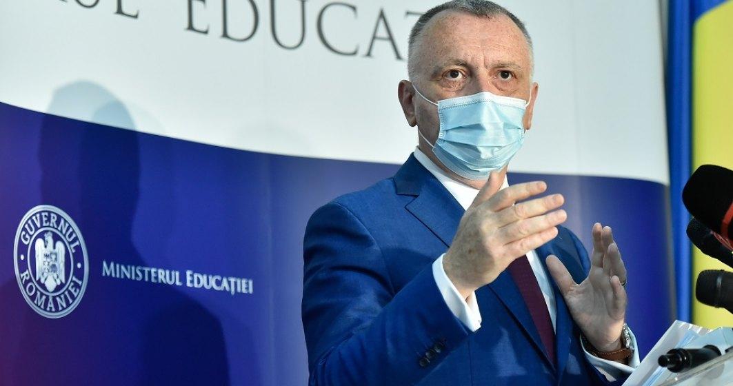 Ministrul Educației: Acum ne întrebăm cum am ales limita de 6 la mie pentru închiderea școlilor. Sincer nu credeam că vom atinge acest prag