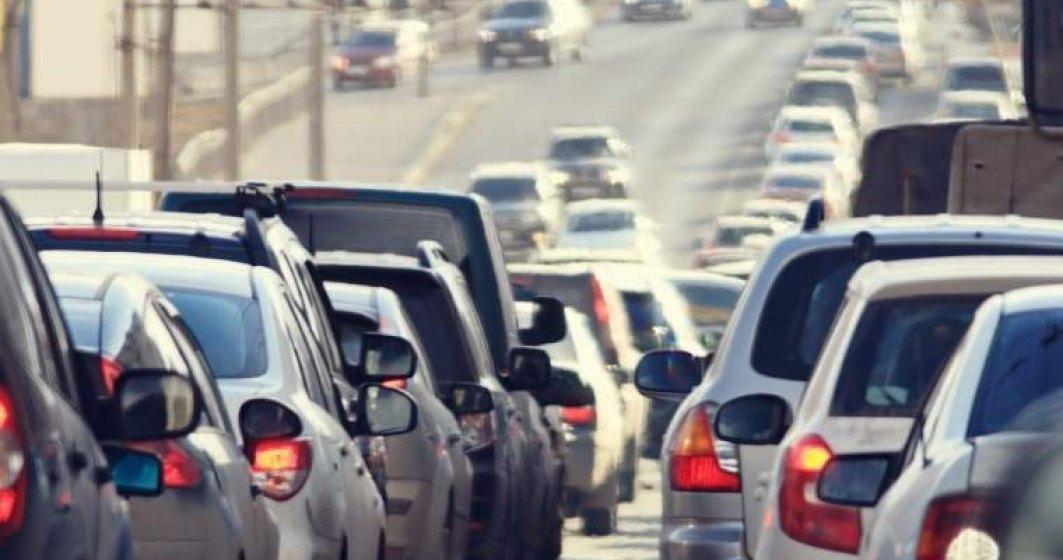 Aglomeratie infernala de la Predeal pana la Bucuresti: Mergem cu 13 km/h, in medie