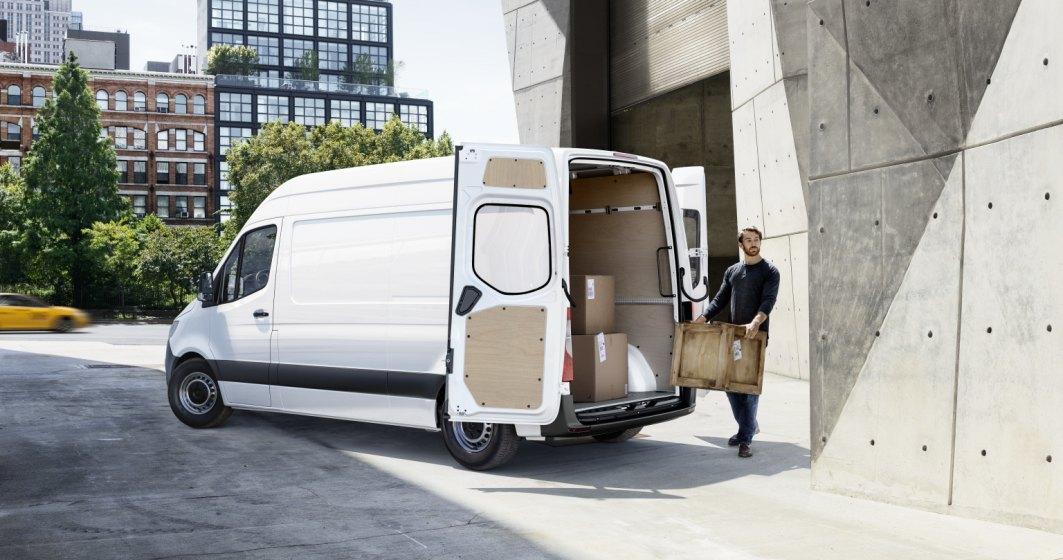 Afaceri în post-pandemie|Schema de sprijin a Mercedes-Benz Vans România pentru antreprenorii din HoReCa, Retail sau Servicii