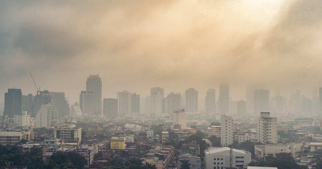 Încă un motiv să stai în casă: un nor de praf si smog din Asia acoperă România
