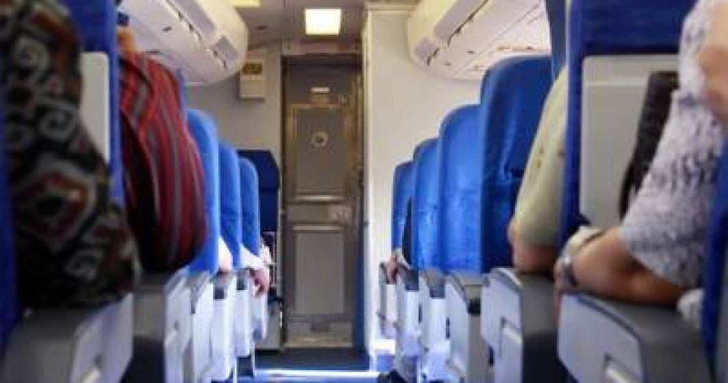 Situație revoltătoare: Un pasager dintr-un avion a comunicat echipajului la aterizare că are coronavirus