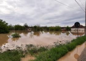 Guvernul promite 155 de milioane de euro pentru repararea distrugerilor...