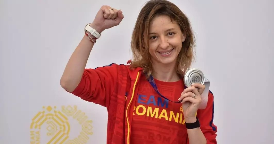 Ana-Maria Popescu își cere scuze că nu a răspuns salutului ministrului Eduard Novak