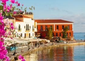 Grecia începe să impună restricții de noapte în unele din cele mai populare...