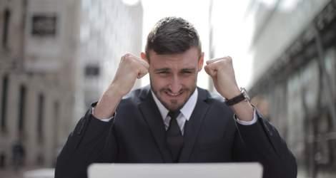 10 motive pentru a începe propria afacere