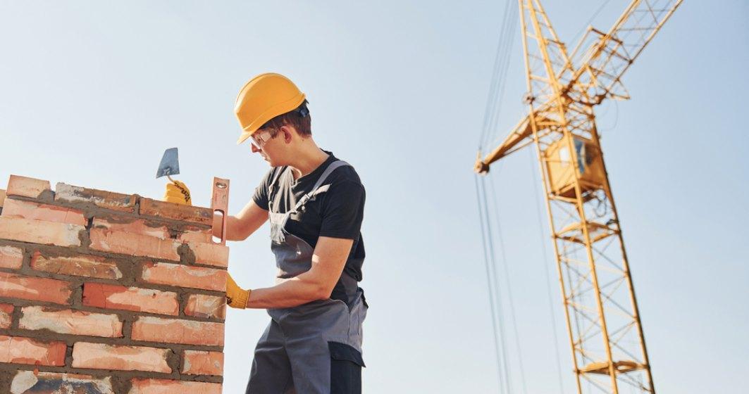Asociaţia Română a Constructorilor de Autostrăzi şi Ministerul Muncii înfiinţează o bursă a locurilor de muncă în construcţii