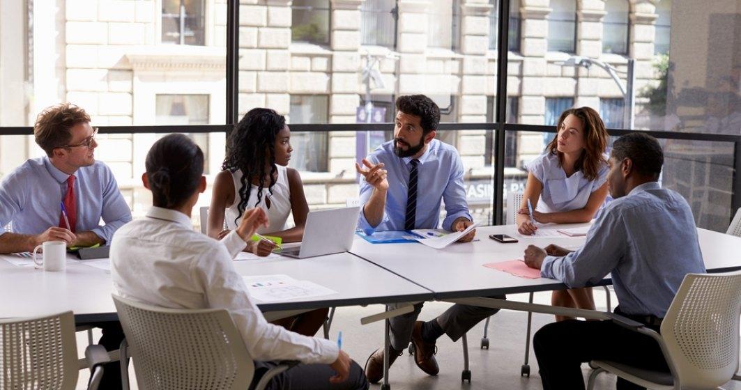 Coach: Multi angajatori au o atitudine negativa si prejudecati legate de tinerii din Generatia Y