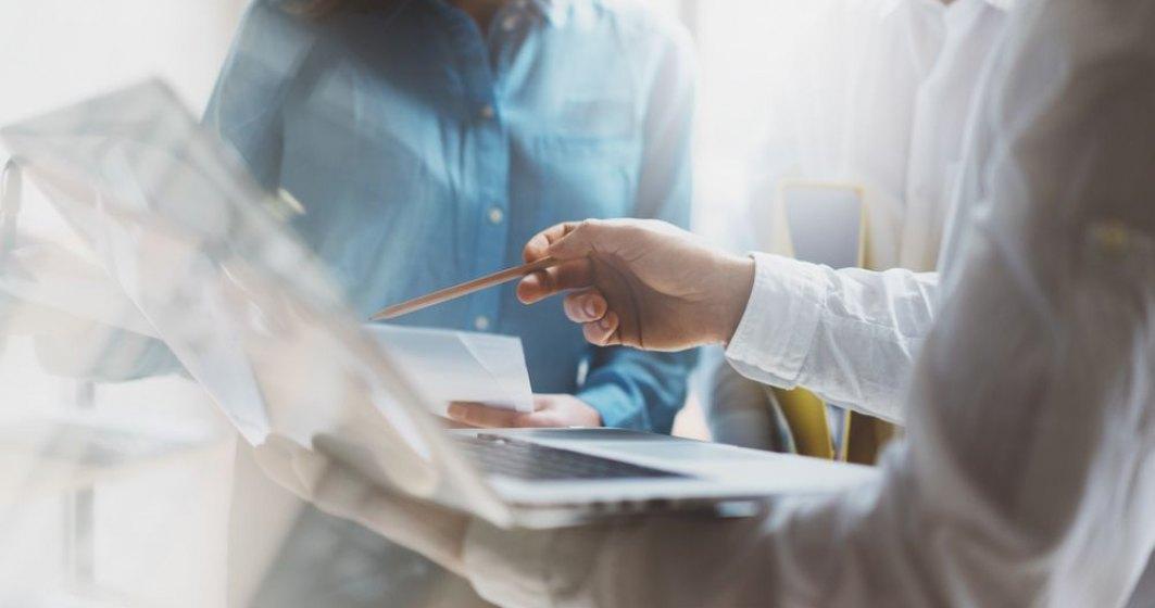 Aplicatia de pontaj care ajuta companiile sa monitorizeze timpul de lucru al angajatilor